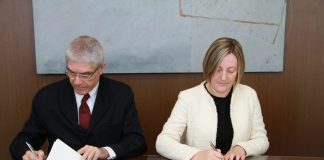 Generalitat i Renfe signen el conveni per a la integració dels títols de Rodalia en la Targeta Móbilis