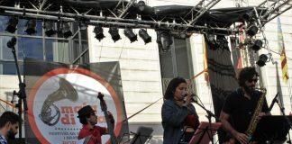 La música inunda els carrers de Borriana amb una nova edició del Maig di Gras