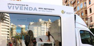 L'oficina mòbil de Castelló rep 18 ofertes de particulars per a la bossa de lloguer i el pla d'habitatge