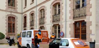 Voluntariat de Protecció Civil de l'Ajuntament entreguen a domicili els medicaments a malats oncològics