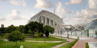 La Ciutat de les Arts i les Ciències ofereix una escola d'estiu amb activitats de ciència